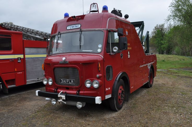 Dennis Tow Truck 314FLM