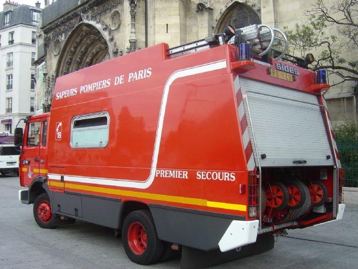 Renault Paris FB PS120 Rescue / Pumper
