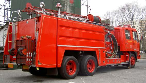 Fuso rear view of pumper tanker