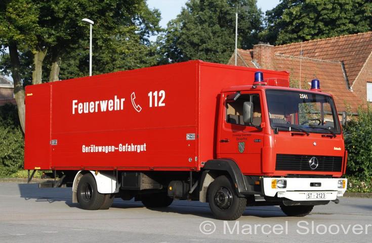 Feuerwehr Emsdetten Mercedes GW-Gefahrgut