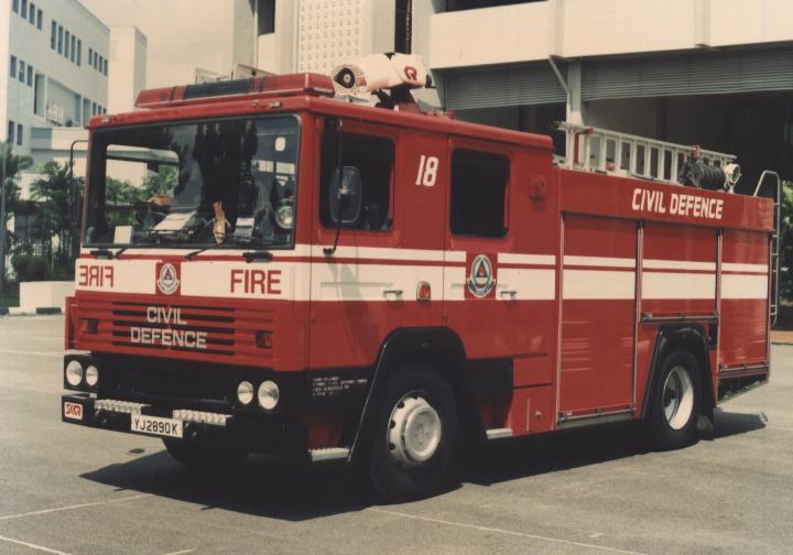 Singapore PL Dennis RS235
