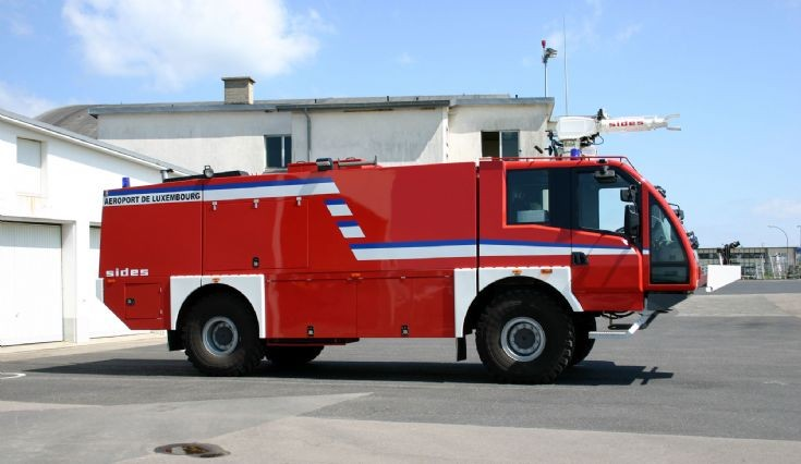 Luxembourg Airport Sides crashtender