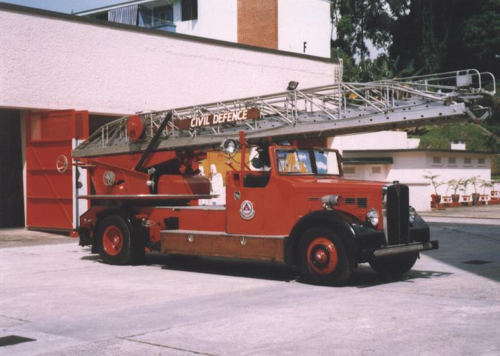Singapore Ladder AEC Regent III Merryweather
