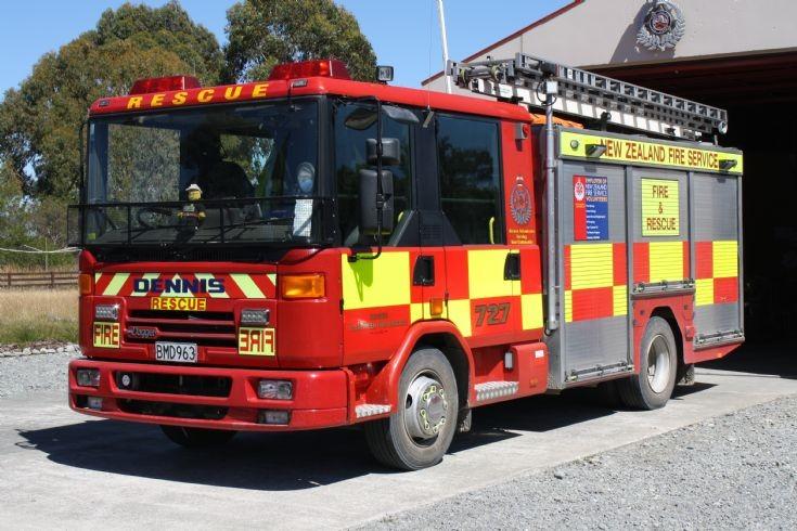 New Zealand Dennis BMD963
