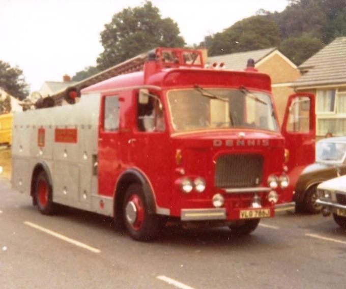 Dennis F45 WrL Cheshire VLG786J