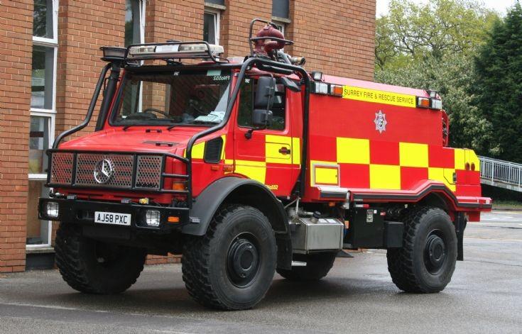 Surrey Fire Rescue Unimog AJ58PXC