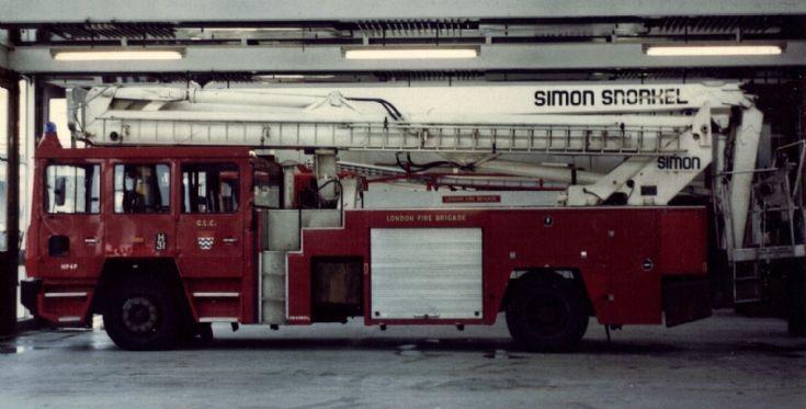Croydon HP Simon Snorkel