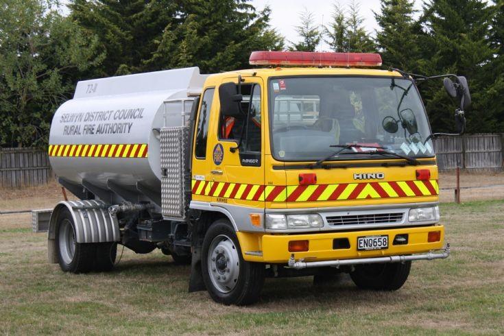 New Zealand Hino ENQ658