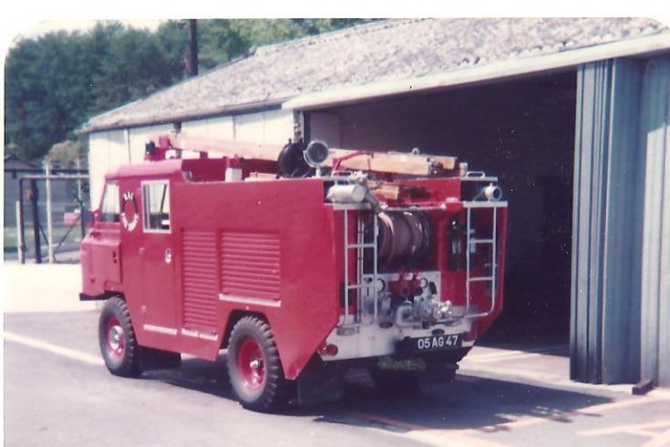 RAF fire service 1980's 05AG47 LandRover