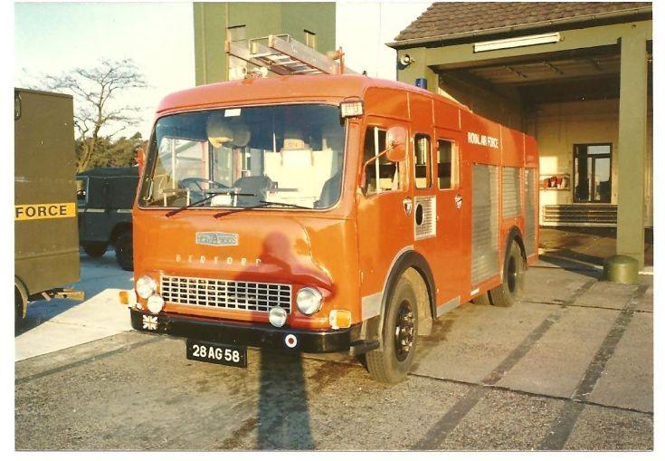RAF fire service 1980's 28AG58