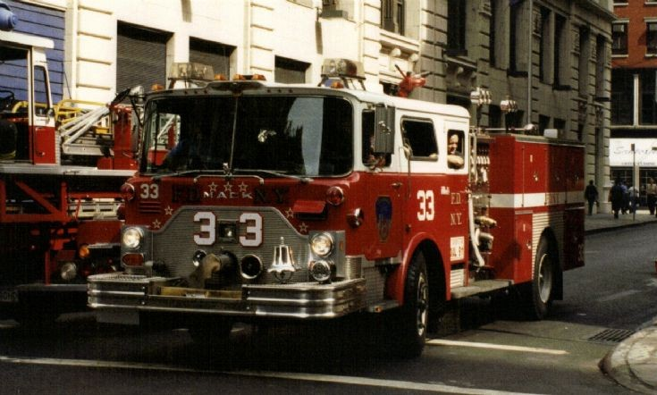 FDNY Engine 33 Mack pump