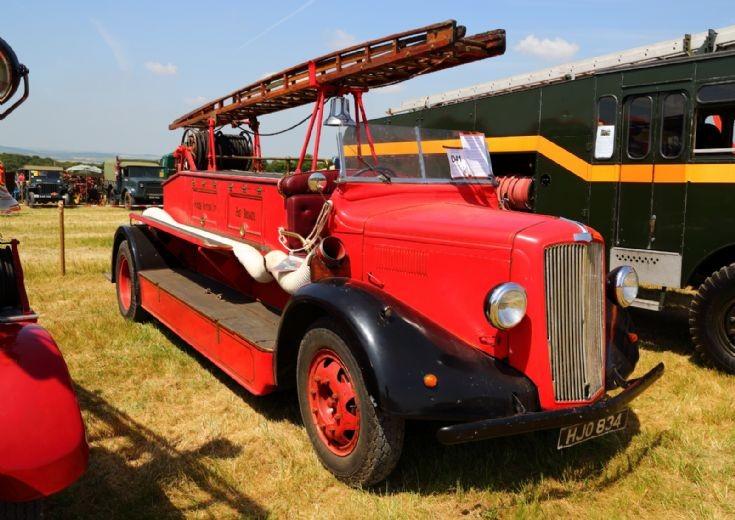 Leyland Firetruck at Woodcote Steam Rally