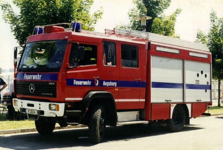 Mercedes LF16 A-2014 Feuerwehr Augsburg