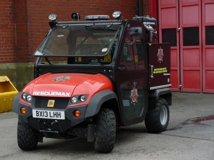 BX13LHH - A very small fire engine....