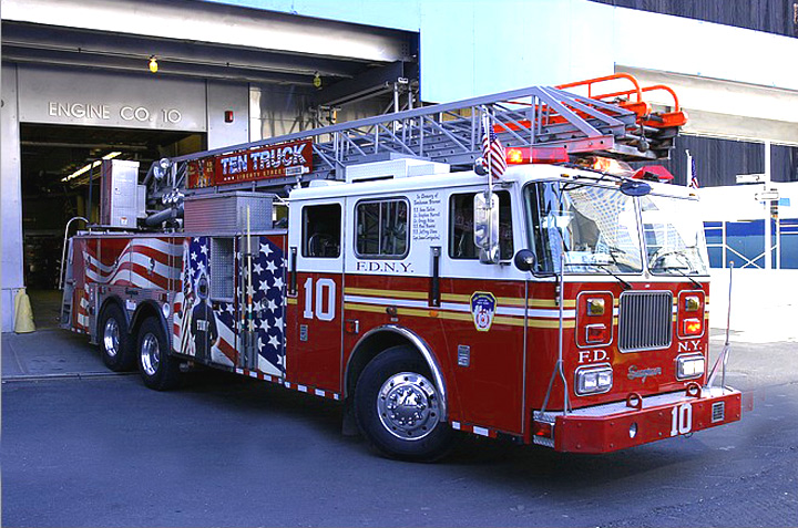 FDNY Ladder 10 -- 2004 Seagrave Aerial