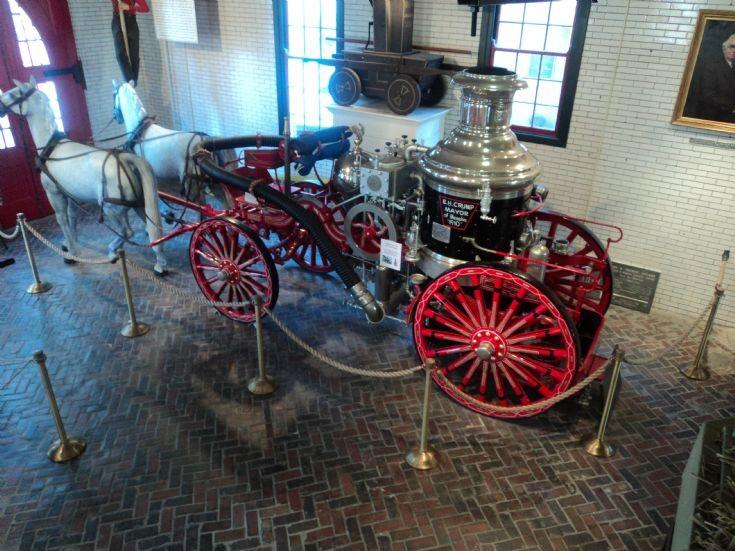 Horse Drawn Steamer, Memphis, USA.