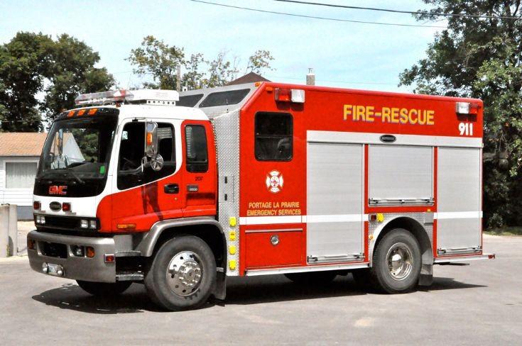 1998 Superior rescue truck
