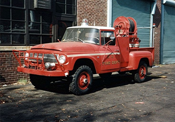 Washington,DCFD  1966 IH 4X4/Ansul