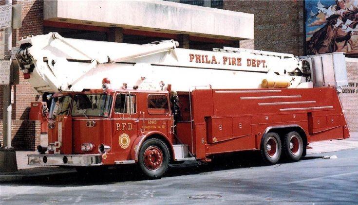 Philadelphia FD, 1969 Seagrave/Calavar