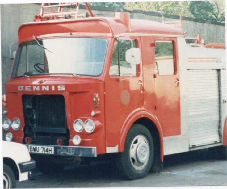 Dennis F46