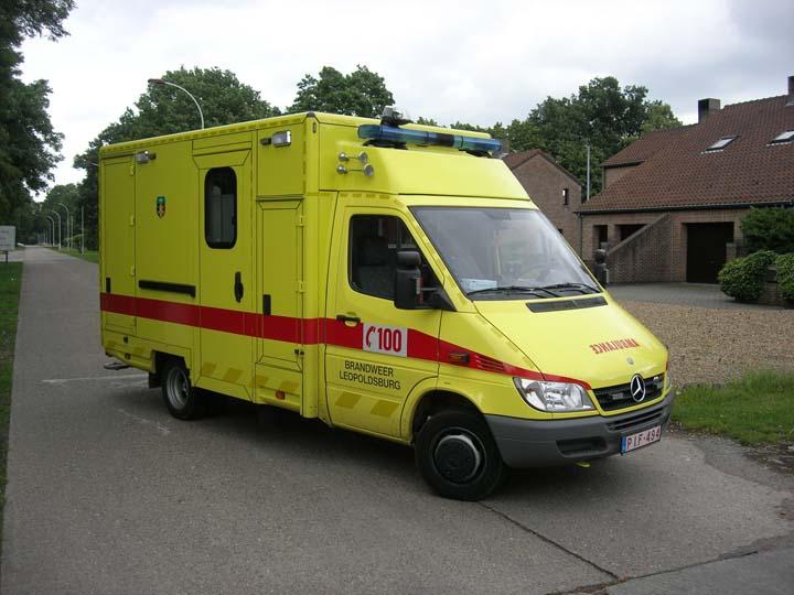 Brandweer Leopoldsburg Ambulance