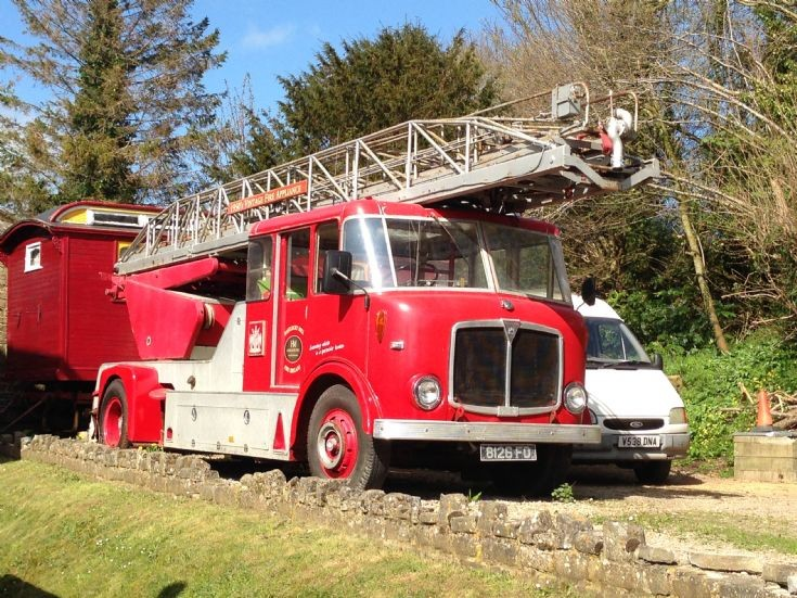 1962 AEC Mercury/Merryweather Turntable Ladder