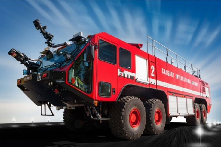Oshkosh Striker 8x8