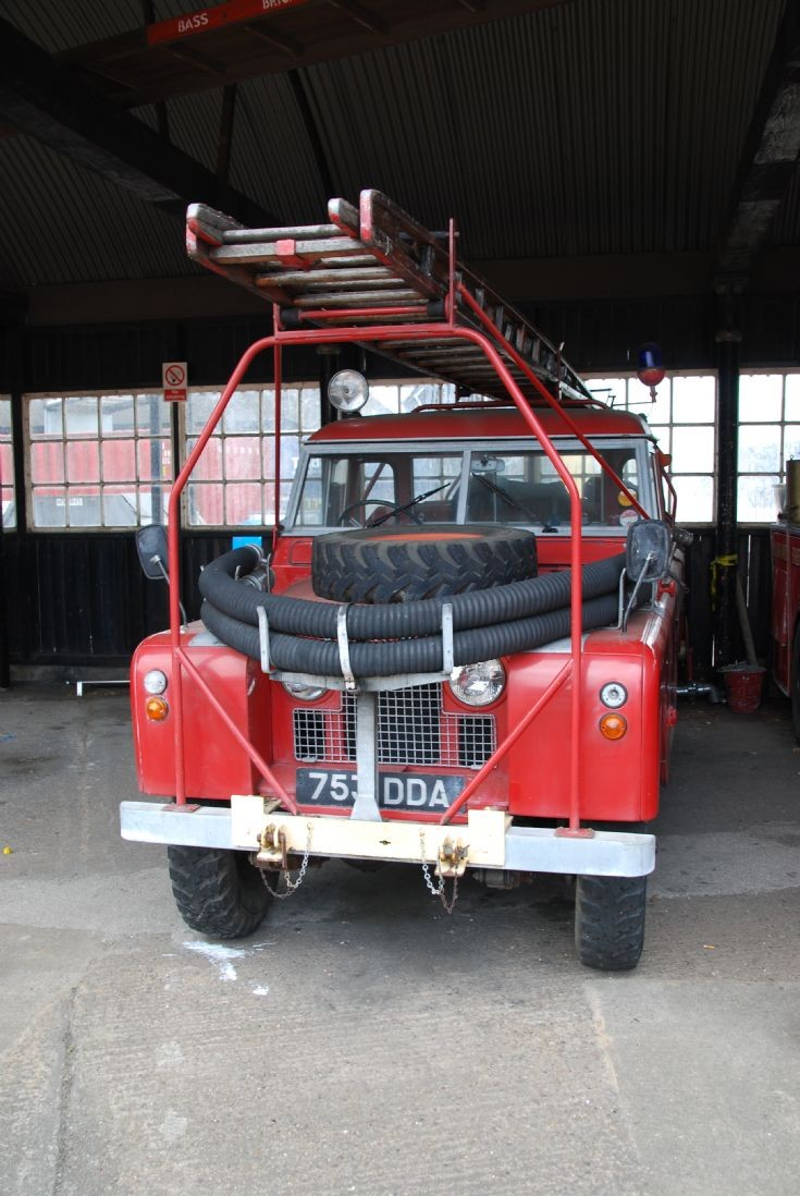 753DDA, Land Rover with Redwing conversion