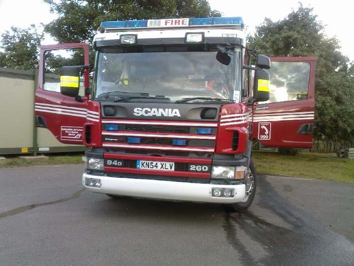 potton 2 pump Bedfordshire Fire service