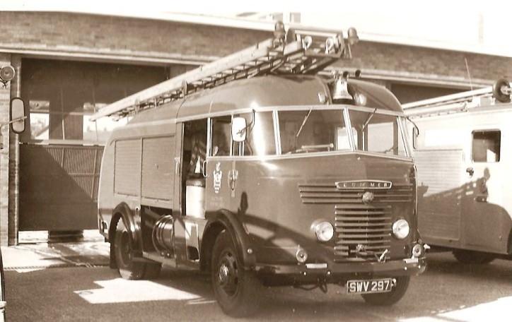 Commer Miles WrL Wiltshire SWV297