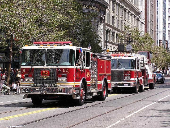 San Francisco Fire Department - Engine 2 - Truck 2