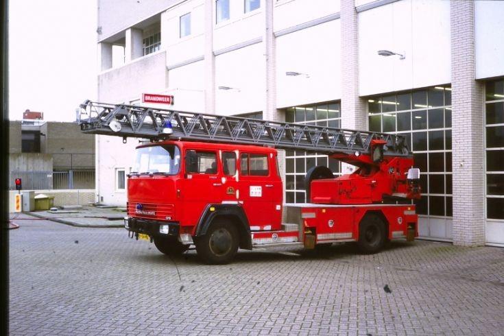 Turntable ladder Magirus