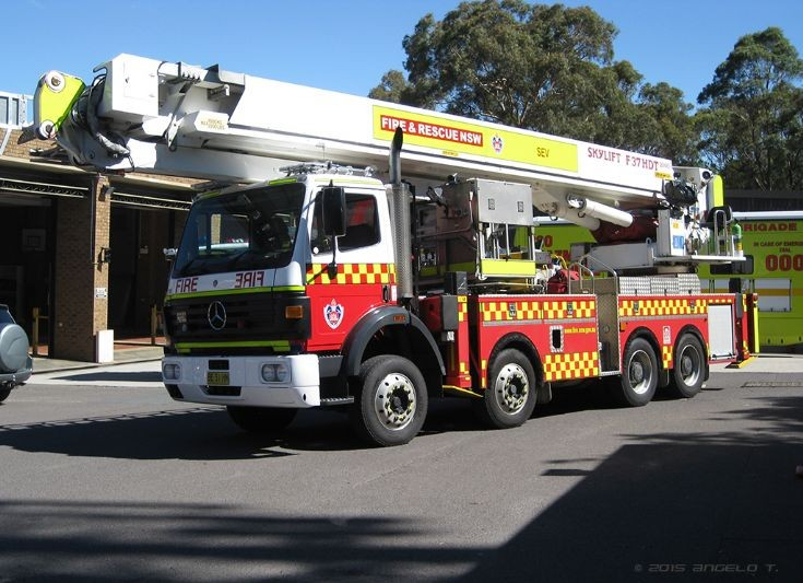 FRNSW SEV Ladder Platform, Canberra Australia