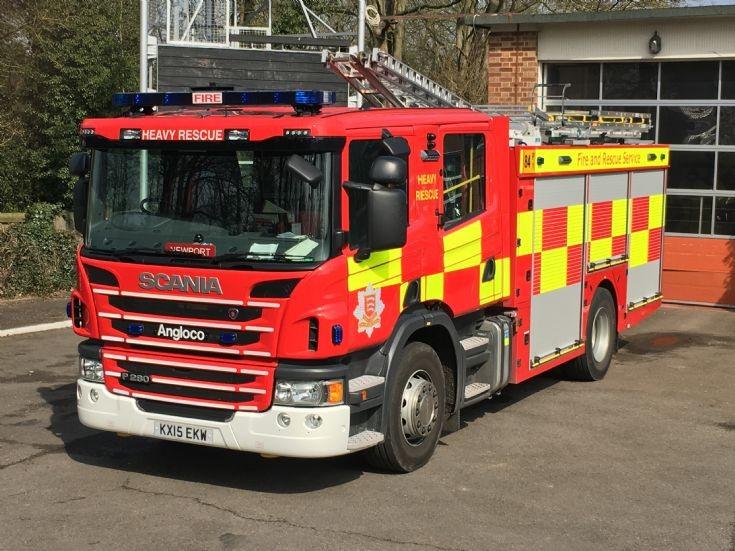 Essex Fire & Rescue Scania P280