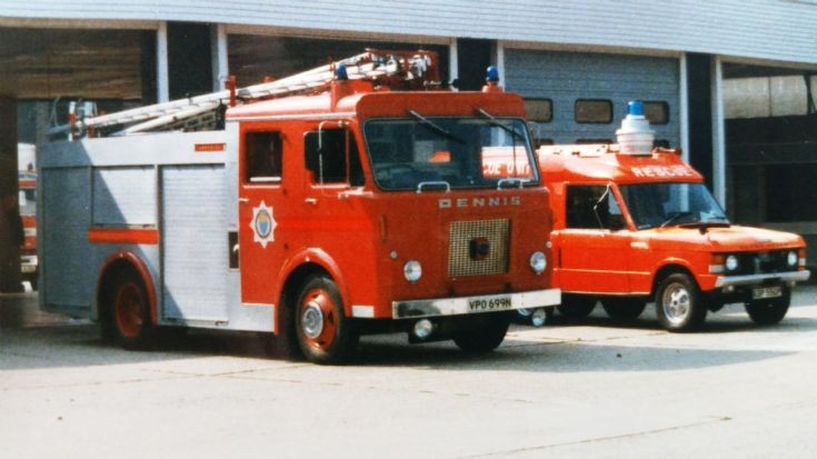 West Sussex Dennis D VPO 699N at Worthing