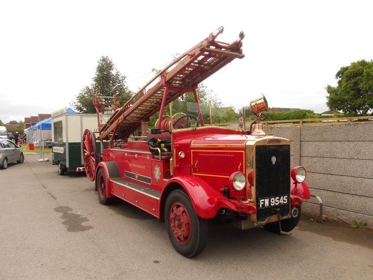 Leyland Cub FW9545