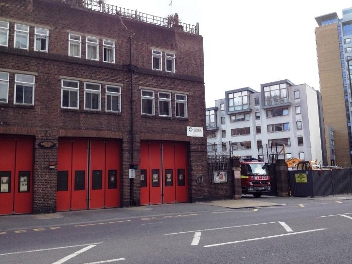 Mercedes Atego DPL London FB Whitechapel