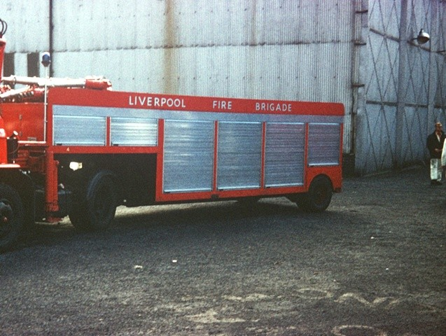 Liverpool FB Austin/ trailer unit - heavy water