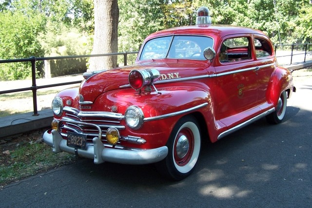 FDNY Div 8 Chief's buggy 1947 Plymouth