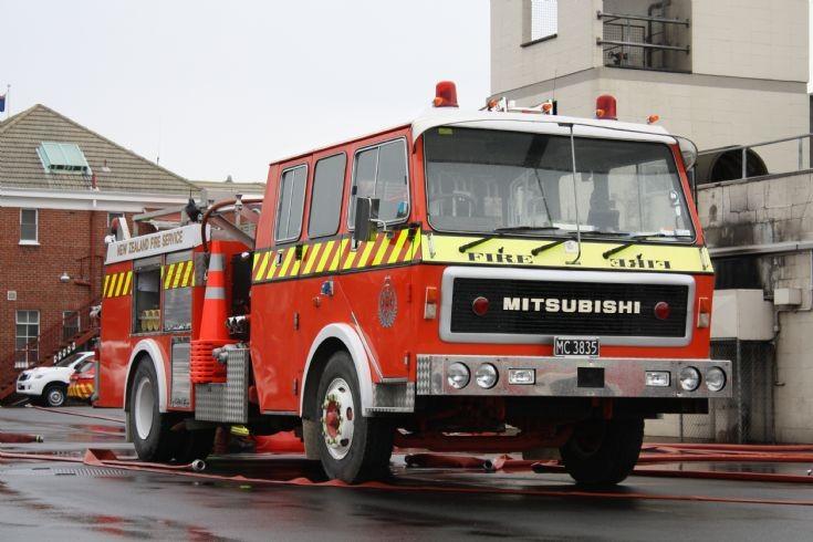 New Zealand Mitsubishi - MC3835