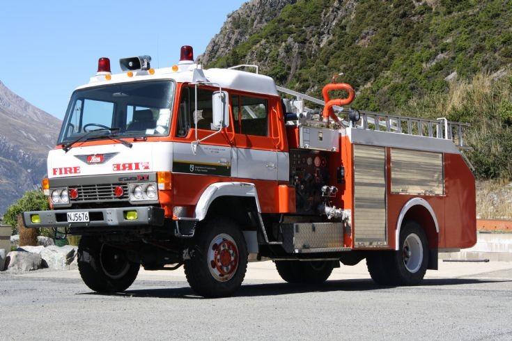 New Zealand Hino - NJ 5676