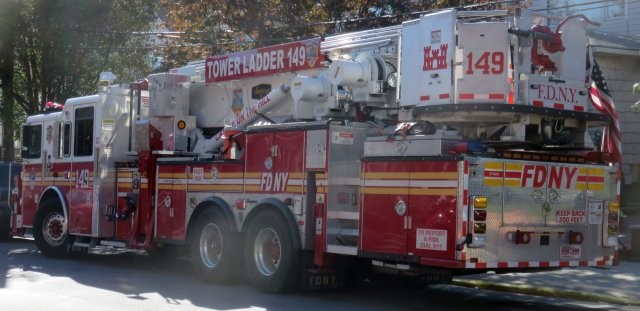 FDNY Tower Ladder 149
