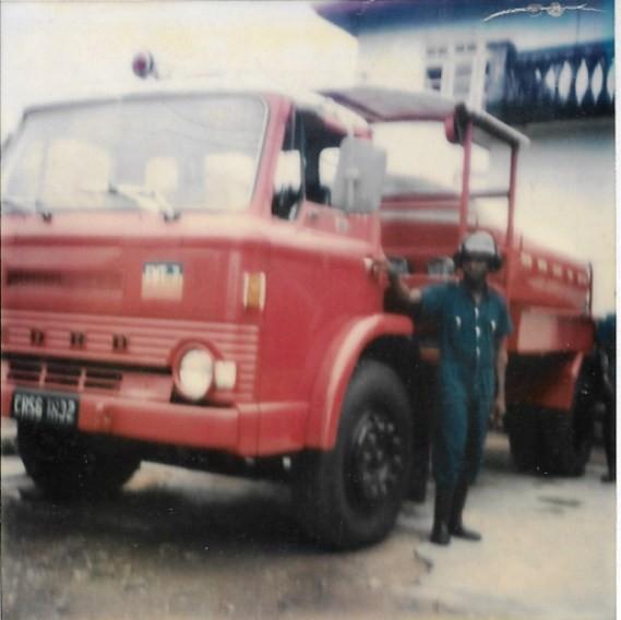 Ford D series tanker CRSG 2698
