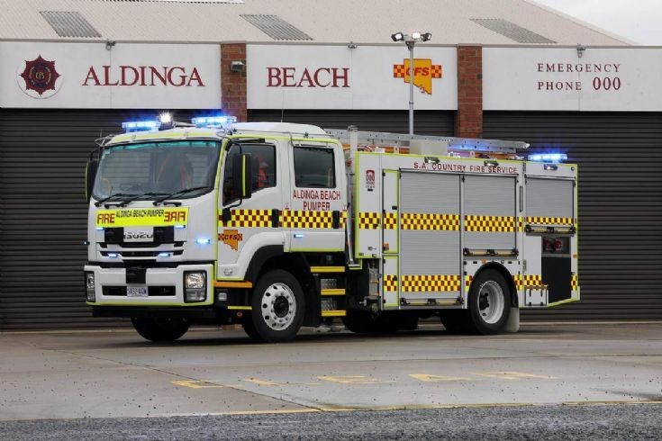 ALDINGA BEACH CFS RECEIVE NEW PUMPER
