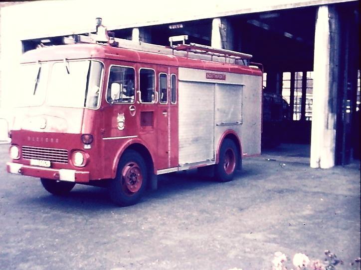 Bedford Carmichael ET Southport BWM602B