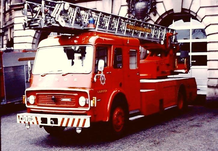 Dodge K/Carmichael Magirus TL L&B MFS27P