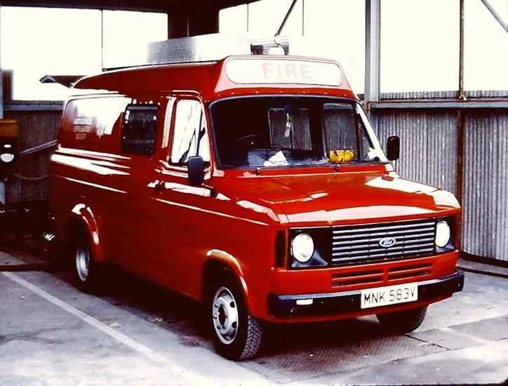 British Aerospace Ford Transit L4P MNK583V