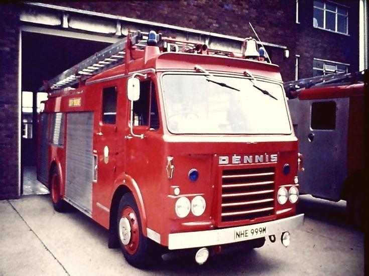 NHE999M Dennis F48 PL Sheffield
