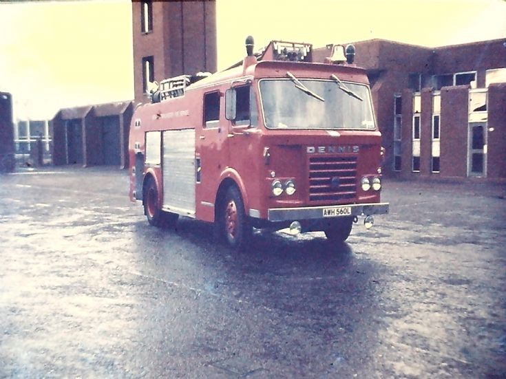 AWH560L Dennis F108 WrL ex PE GMC