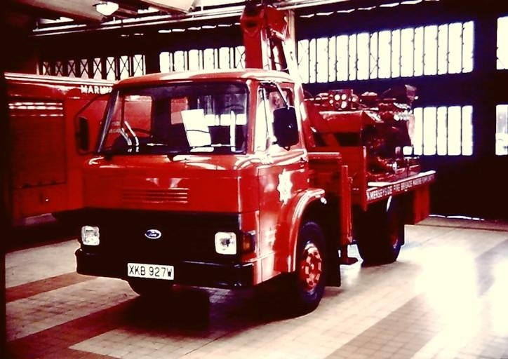 Ford marine Unit  XKB 927W
